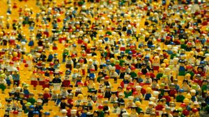 群衆_lego|月刊とんび|オフィスキシモト